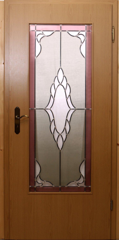 Türen vom Fachmann renovieren lassen.