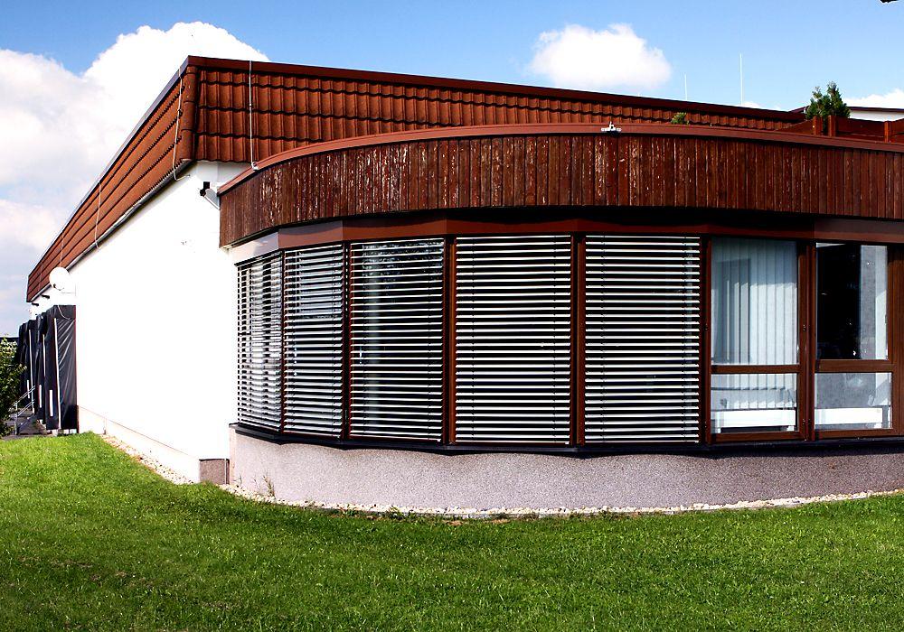 balkon jalousien rollo sichtschutz frisch balkon. Black Bedroom Furniture Sets. Home Design Ideas